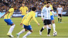 Brasil se quejó del juego de Argentina tras la derrota