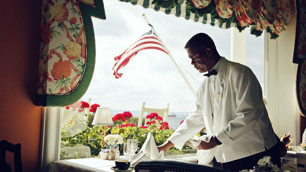 Muchos de los hoteles de Mackinac contratan personal extranjero