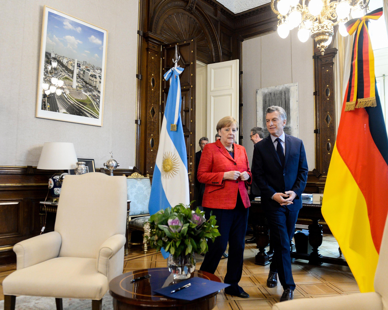 La canciller Merkel en la Rosada junto a Macri
