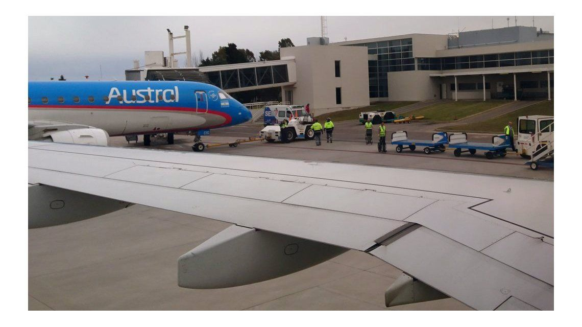 El aterrizaje de emergencia en Bahía Blanca