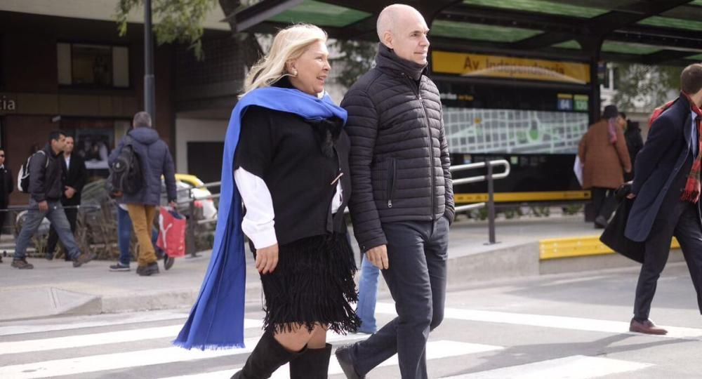 La diputada de la Coalición CívicaElisa Carrióy el jefe de Gobierno porteño