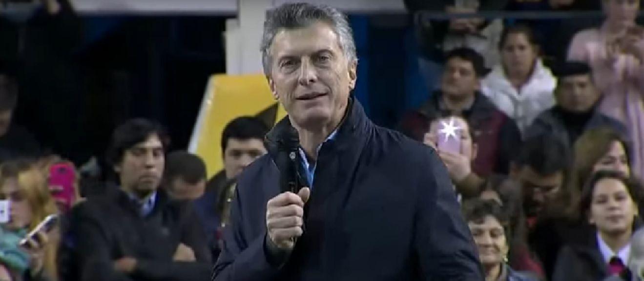 Macri habló con jubilados en Corrientes