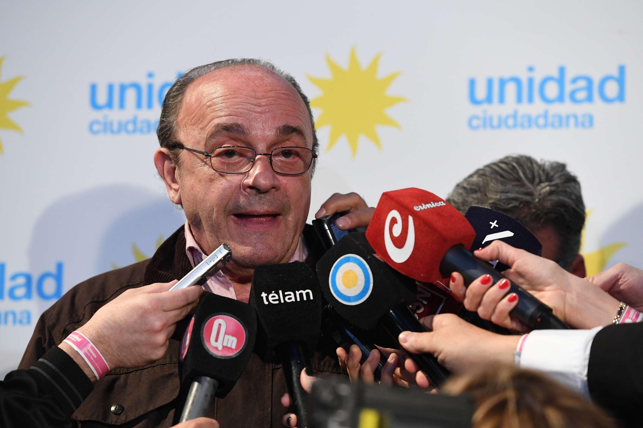 Leopoldo Moreau denunció que se detuvo la carga de datos<br>