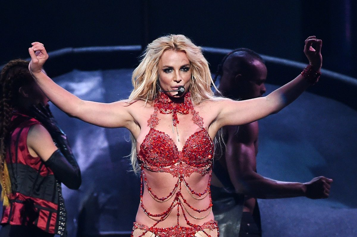 Un hombre quiso atacar a Britney Spears en un show
