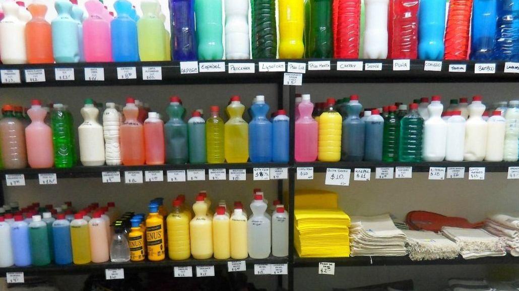 La Anmat prohibió la venta de productos de limpieza y cosmética