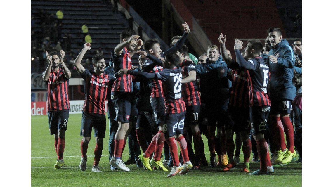 San Lorenzo celebra su pase a cuartos de final de la Copa Libertadores