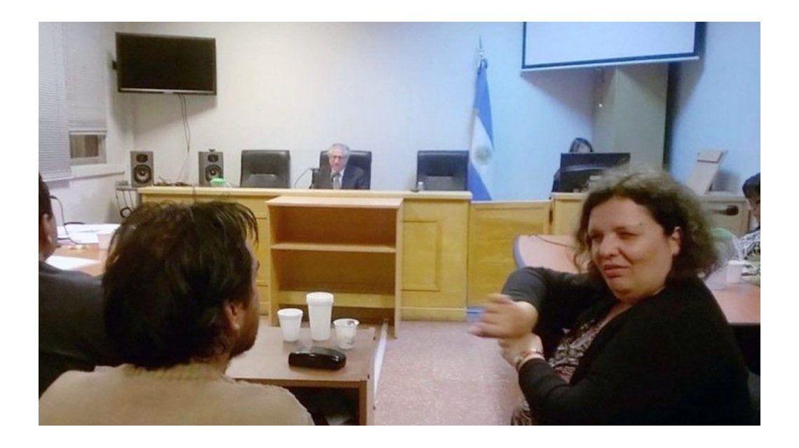 Uno de los acusados necesitó de una intérprete para declarar