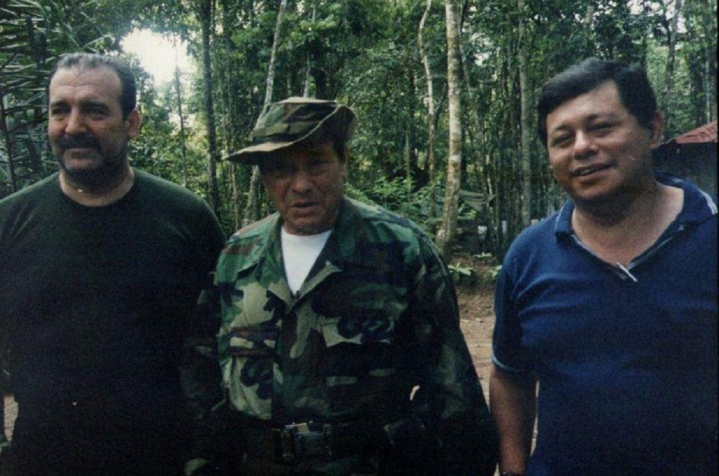 Patricio Echegaray con Manuel Marulanda
