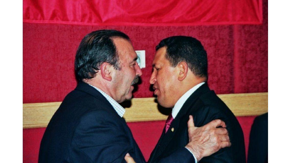 Patricio Echegaray con Hugo Chávez