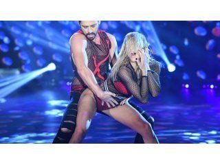 el reggaeton muy caliente de hernan piquin con macarena rinaldi