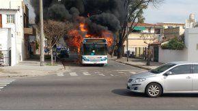 Se incendió otro colectivo: ahora, en Villa Urquiza
