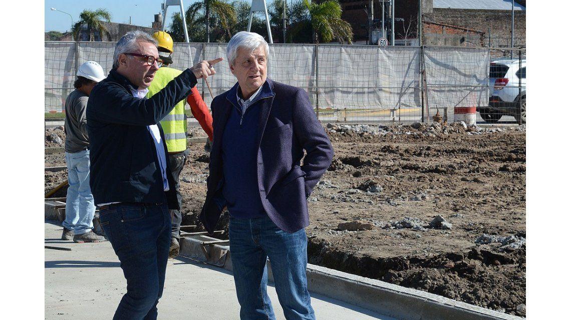 Construyen una plaza de 5 mil metros cuadrados en el límite de Tigre con San Fernando