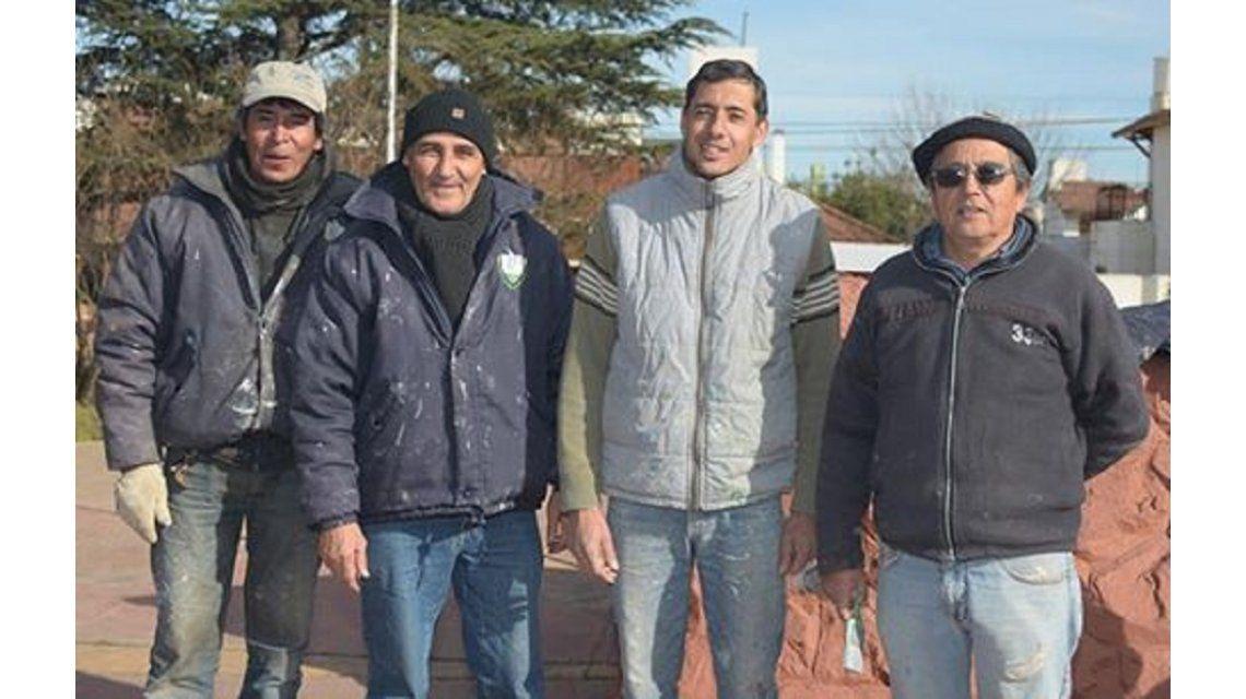 Dos pintores encontraron una billetera con $10 mil y la devolvieron - Crédito: eldiariodelapampa.com.ar