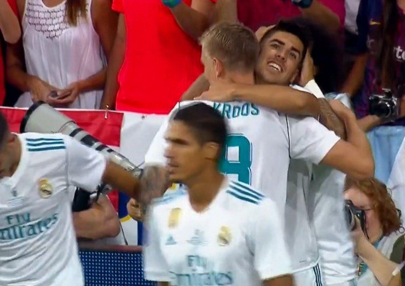 Real Madrid le gana a Barcelona