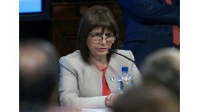 bullrich: no hay indicios de que gendarmeria haya actuado con violencia