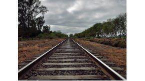 macri autorizo a dietrich a levantar vias del ferrocarril