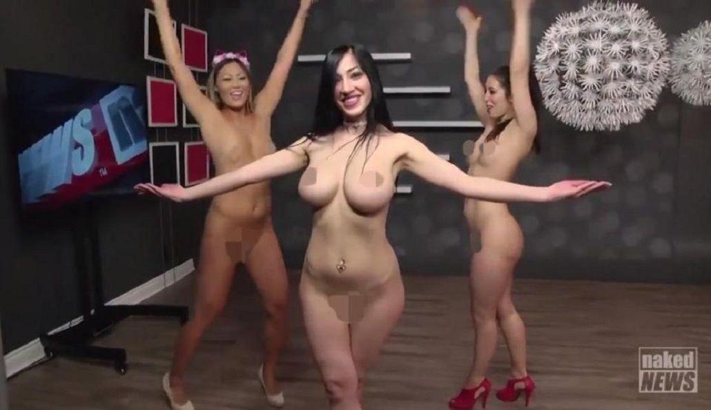 Presentadoras de Naked News bailando ucraniano