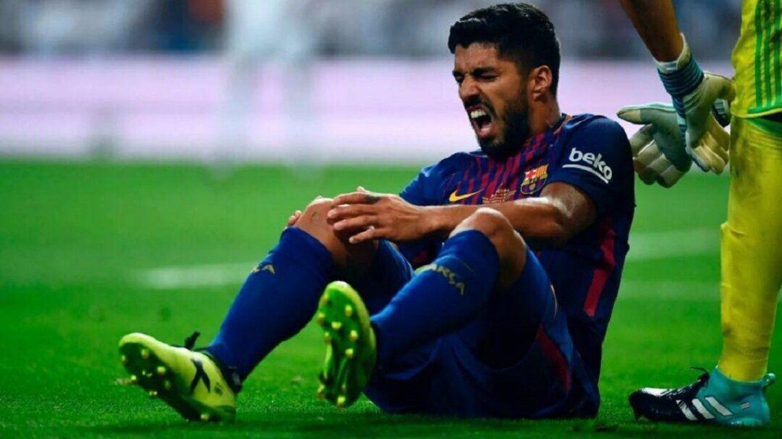 Se lesionó Luis Suárez y no llegaría a jugar con Uruguay ante Argentina