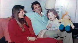 Mercedes Mendoza de chiquita, junto a sus padres