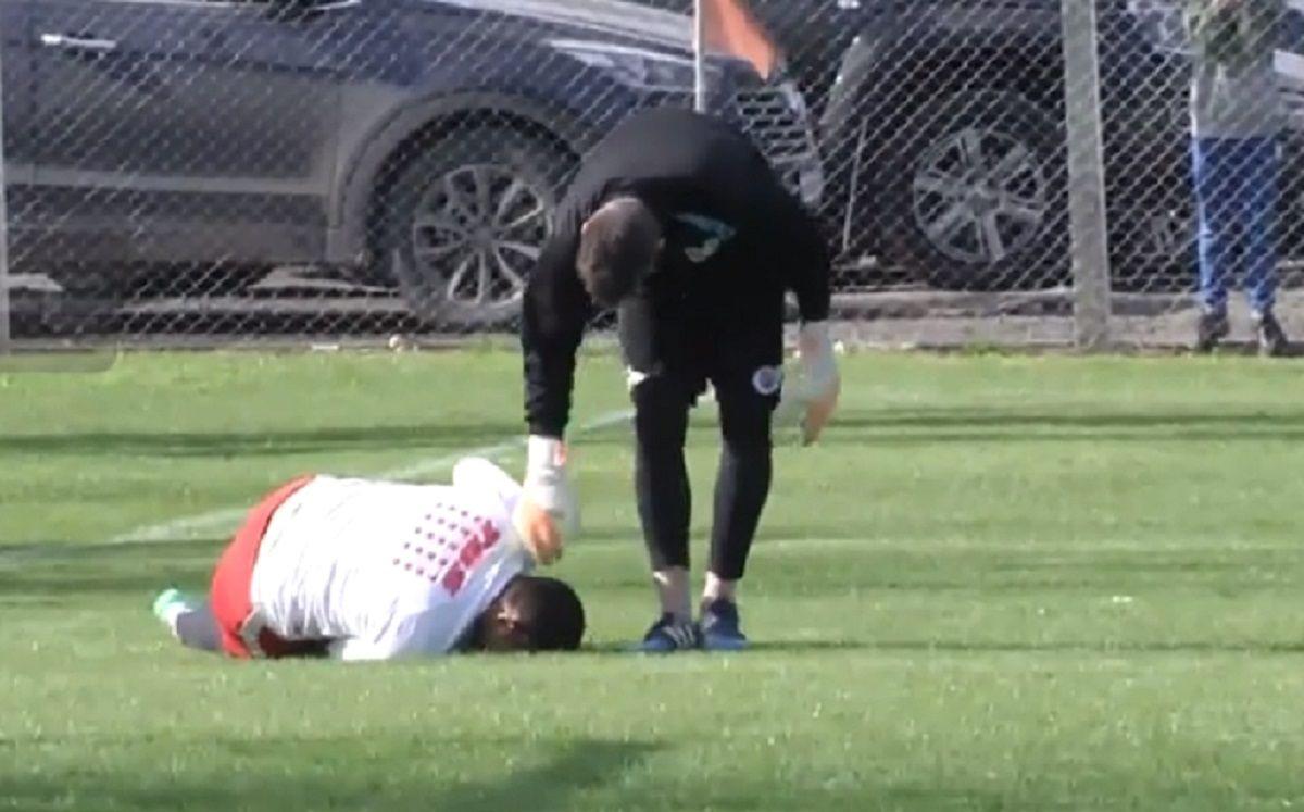 El delantero asustó a todos en la práctica