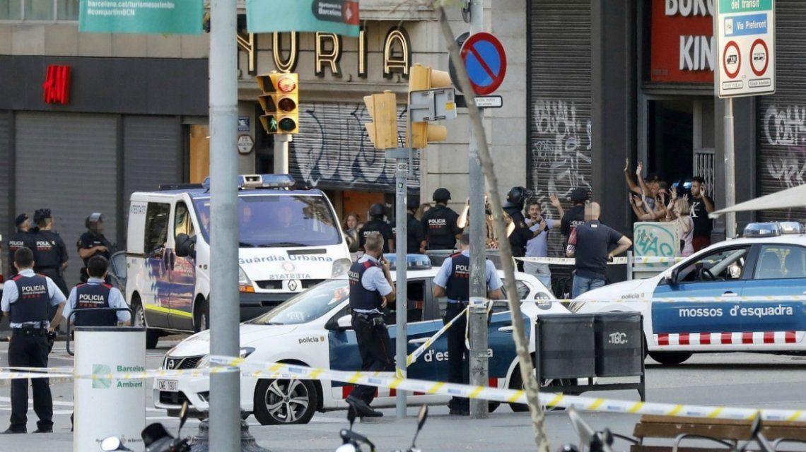 El doble atentado dejó 16 muertos