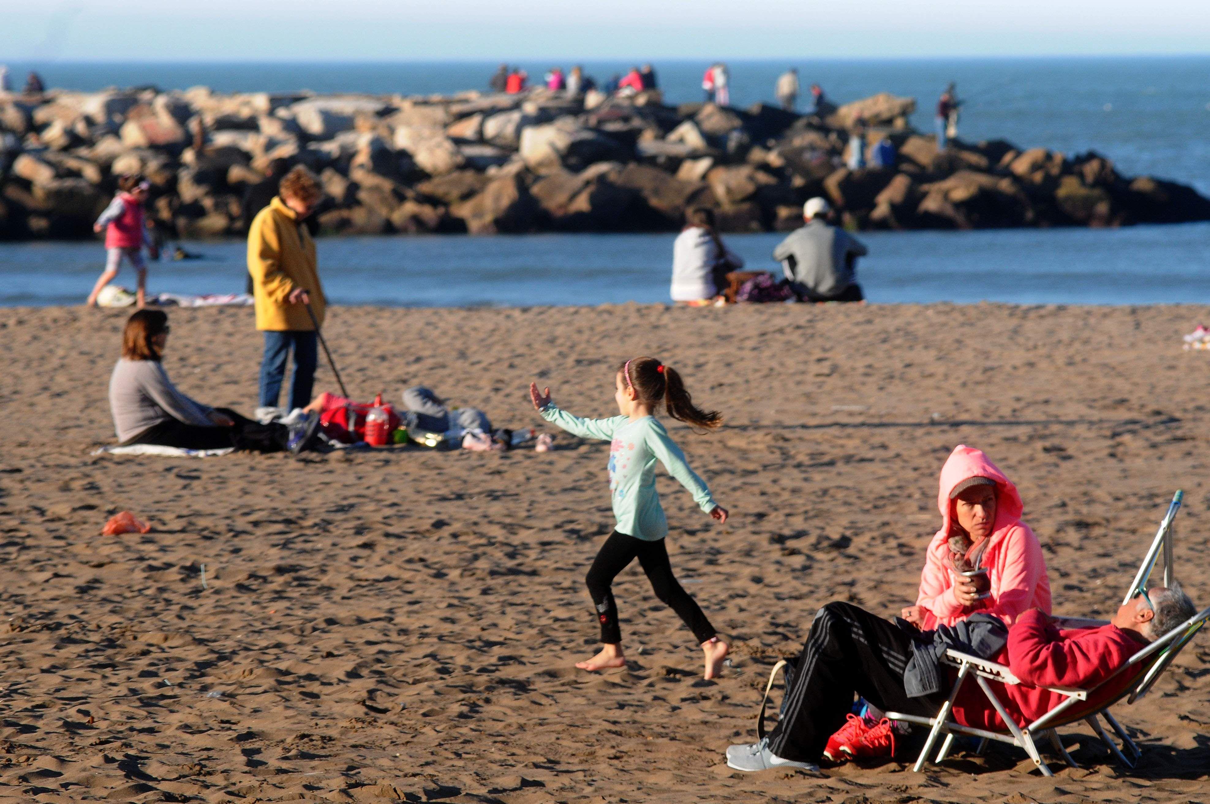 Mar del Plata también se disfruta en invierno (La Capital)