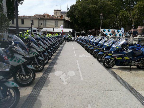 La Vuelta en Nimes fue custodiada por un fuerte operativo de seguridad<br>