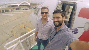 Los pilotos Matías Ronzano y Facundo Vega, que tripulaban la avioneta desaparecida desde el 24 de julio tras partir del aeropuerto de San Fernando.