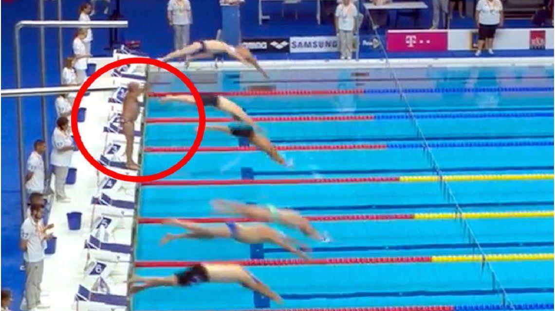 Un nadador propuso hacer un minuto de silencio, se lo negaron y su reacción conmovió