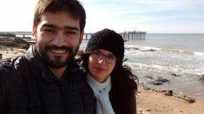 Angeles Barbero, esposa de Matías Ronzano, escribió en las redes tras el hallazgo de la avioneta