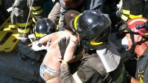 Así rescataron a los niños entre los escombros
