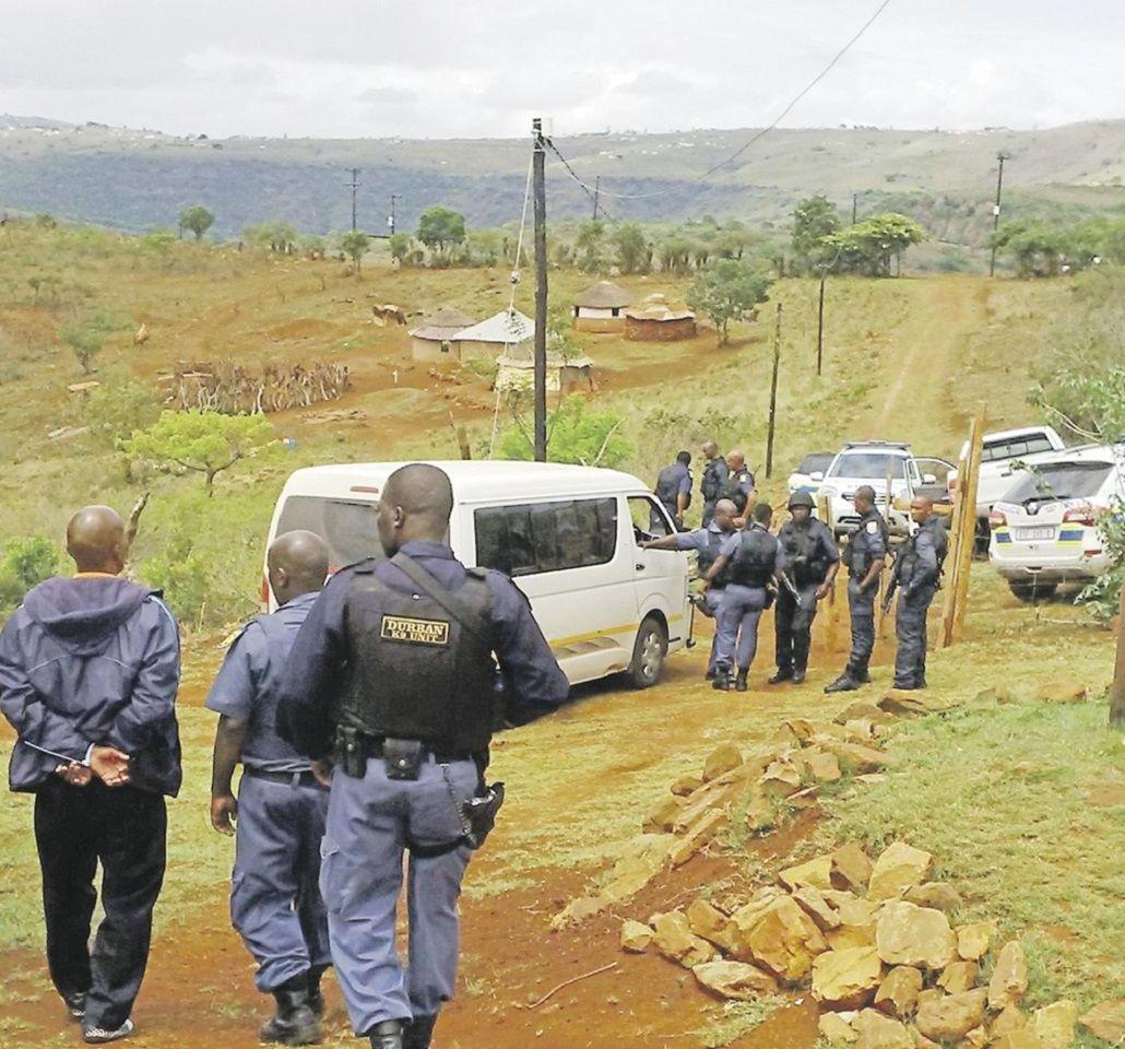 Tres personas fueron detenidas acusadas por violación