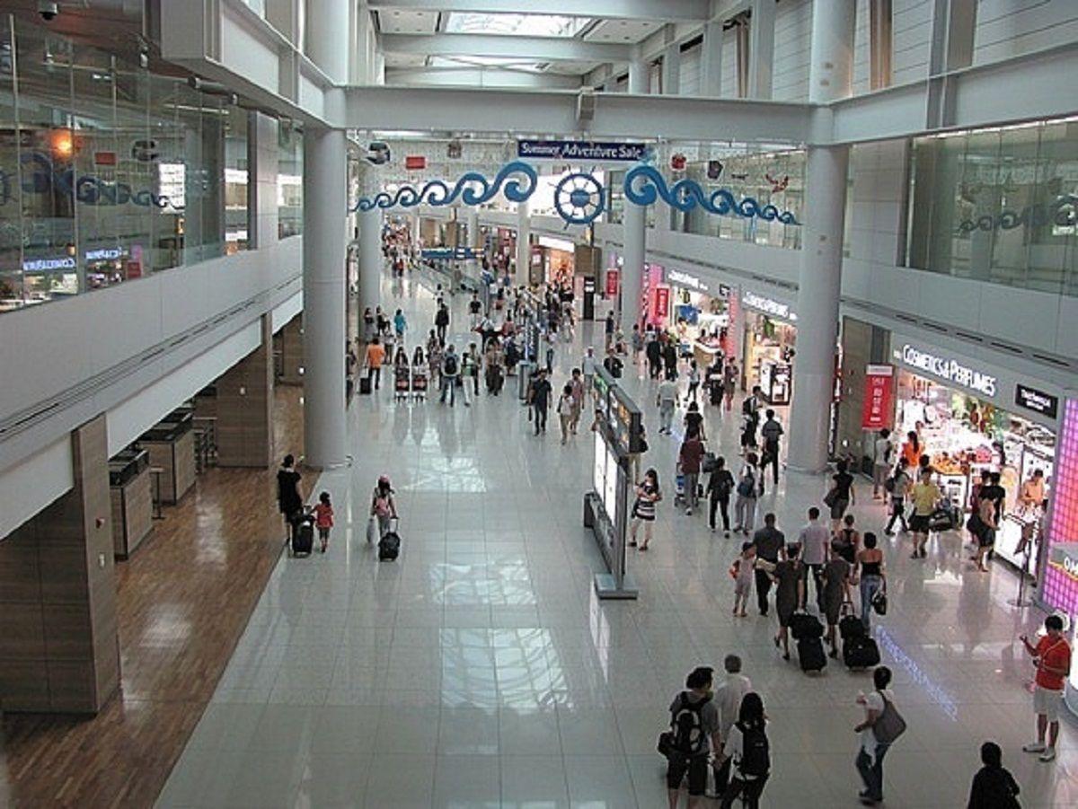 En el Seúl Incheon International los pasillos parecen los de un shopping