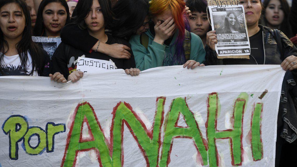 La marcha fue convocada por amigos y compañeros de Anahí