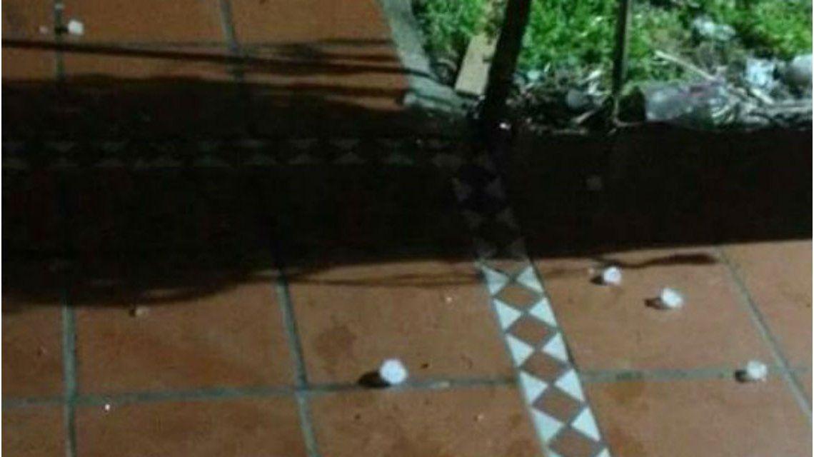 Cayó granizo en Moreno, Paso del Rey y Merlo