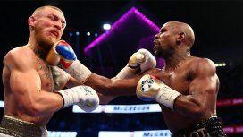 Mayweather venció a McGregor por nocaut técnico en el décimo round