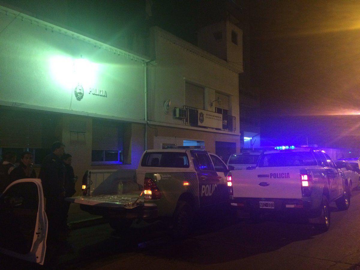 Al menos 7 presos se fugaron de una comisaría en Villa Ballester