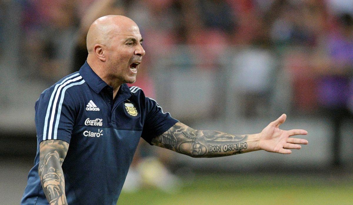 Sampaoli dio la lista del fútbol local: citó a Benedetto y dejó afuera a Alario