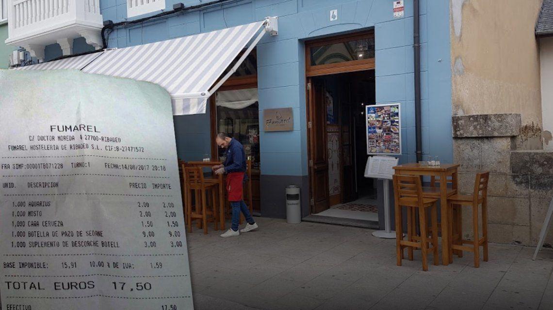 Un restaurante cobra por descorchar una botella de vino