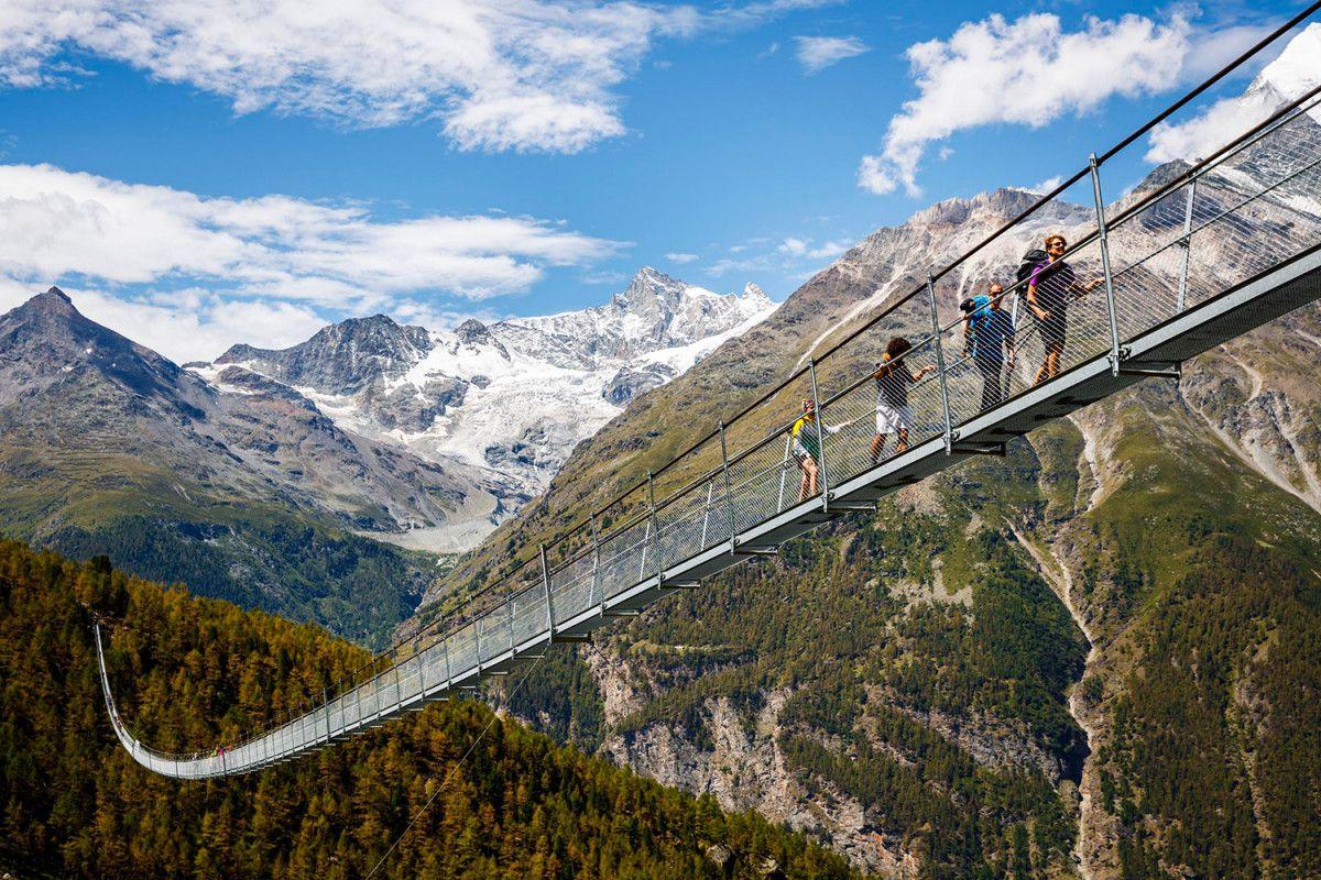 Sólo para valientes: Suiza tiene el puente colgante más largo del mundo