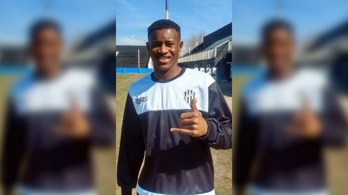 El inglés David Olaoye jugará en El Porvenir