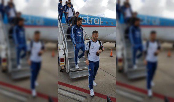 La Selección argentina llegó a Montevideo<br>