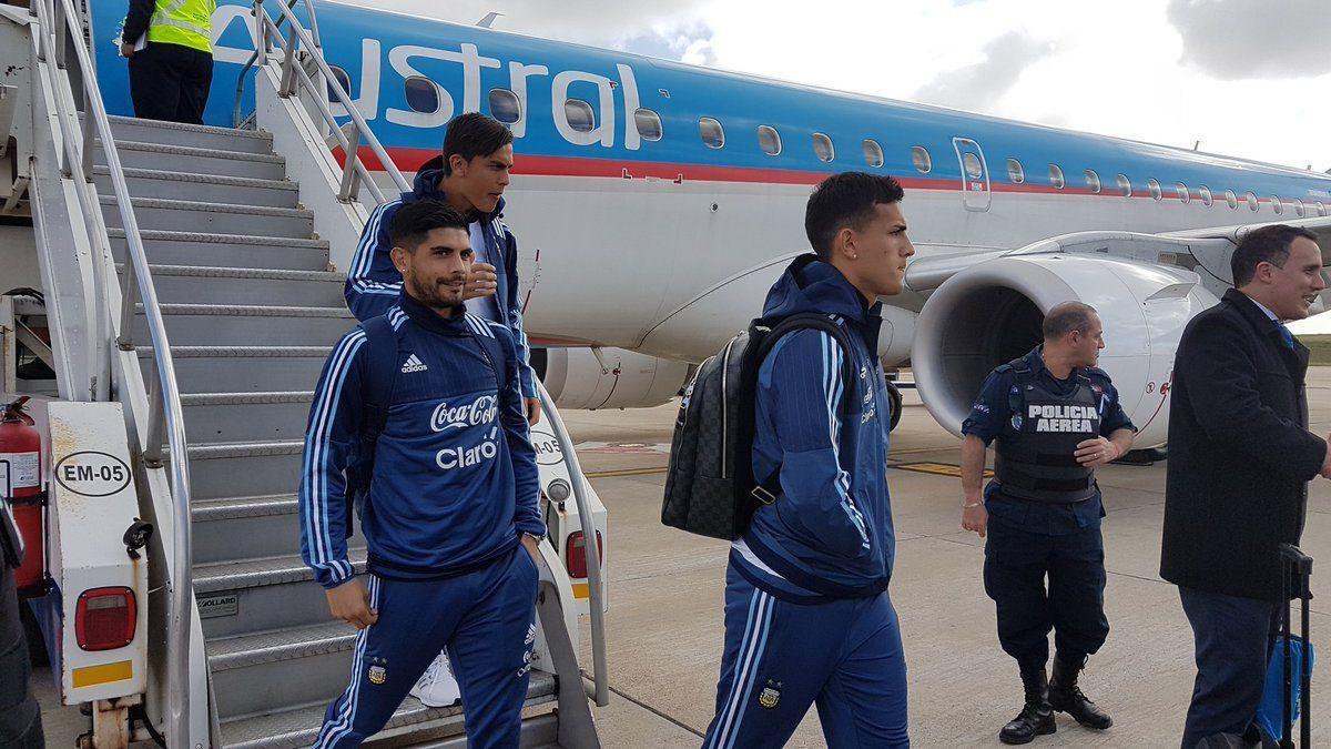 La Selección argentina llegó a Montevideo