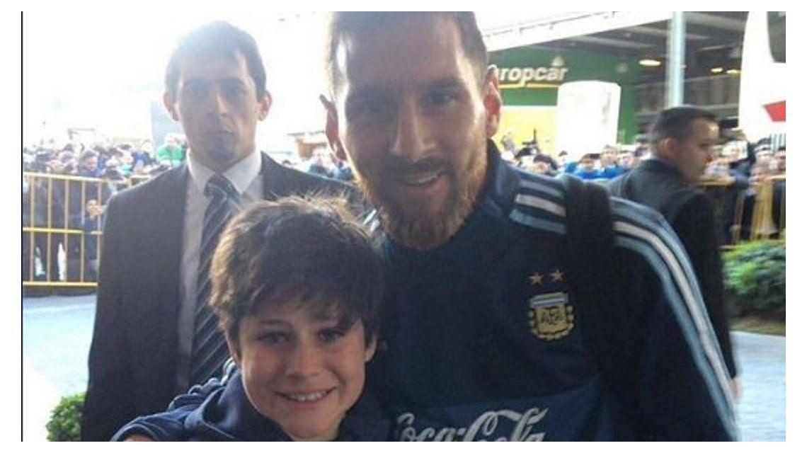 VIDEO: El gran gesto de Messi con un chico uruguayo