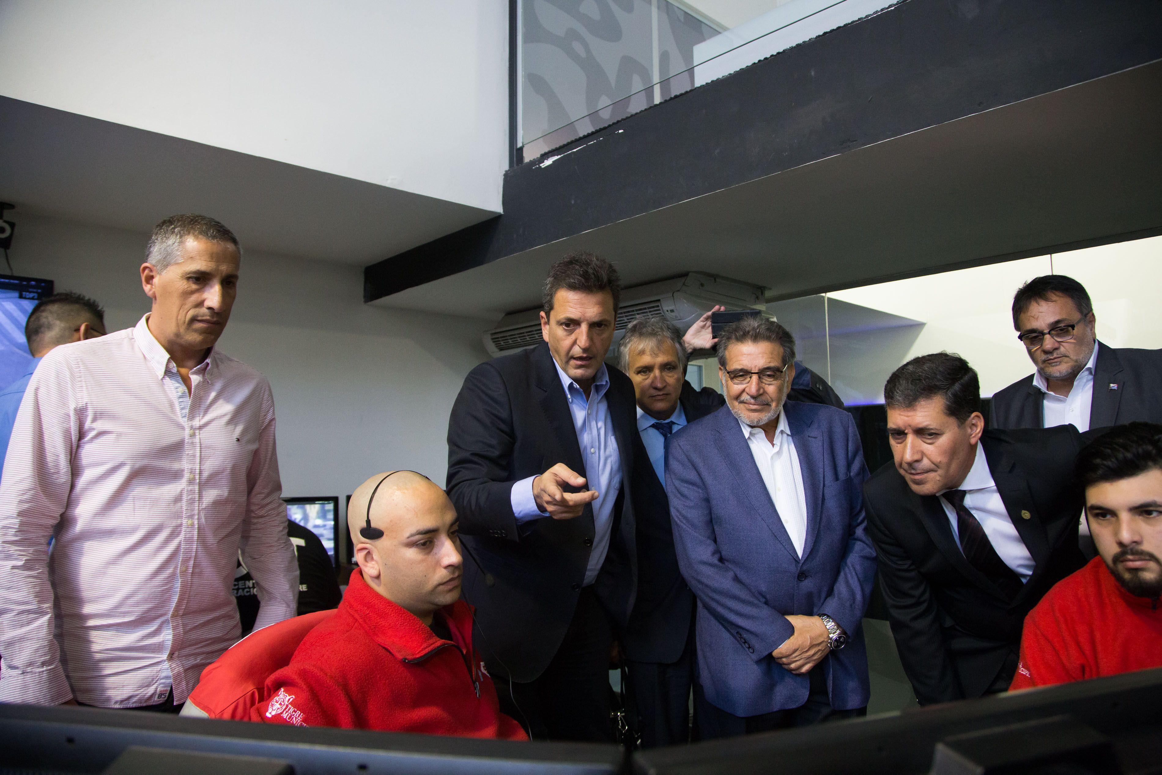Massa recibió en Tigre al gobernador de La Rioja, Sergio Casas