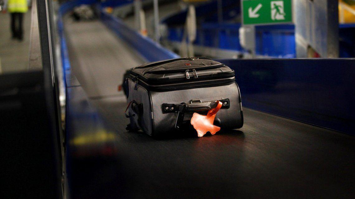 ¿Por qué te marcan la valija si llevás más líquido del permitido?