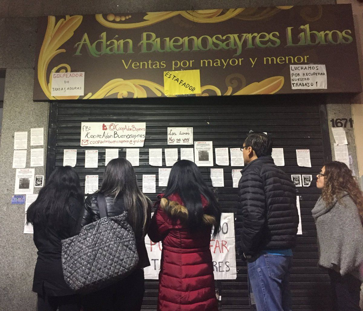 Denuncian al dueño de Adán Buenosayres por estafa a sus empleados