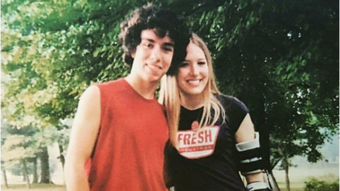 Se conocieron a los 14 años y ella lo salvó del suicidio