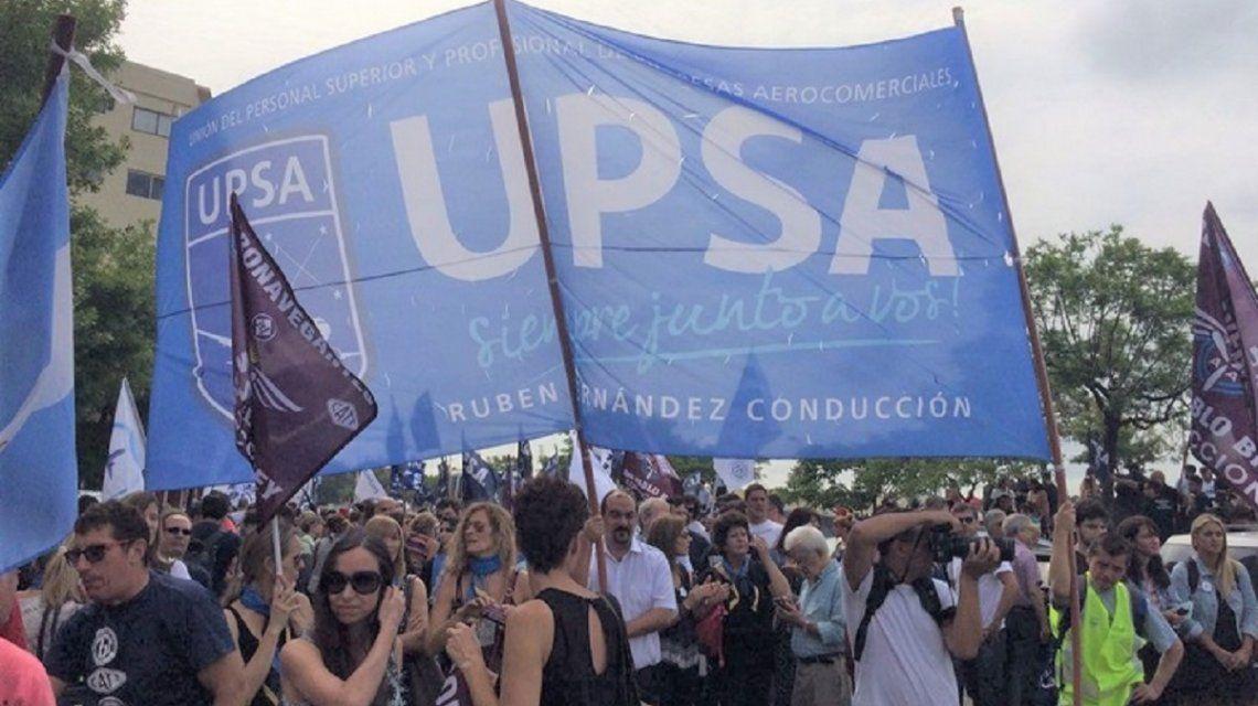 Reclamaron por la detención de un aeronautico - Crédito: @UPSA_Oficial