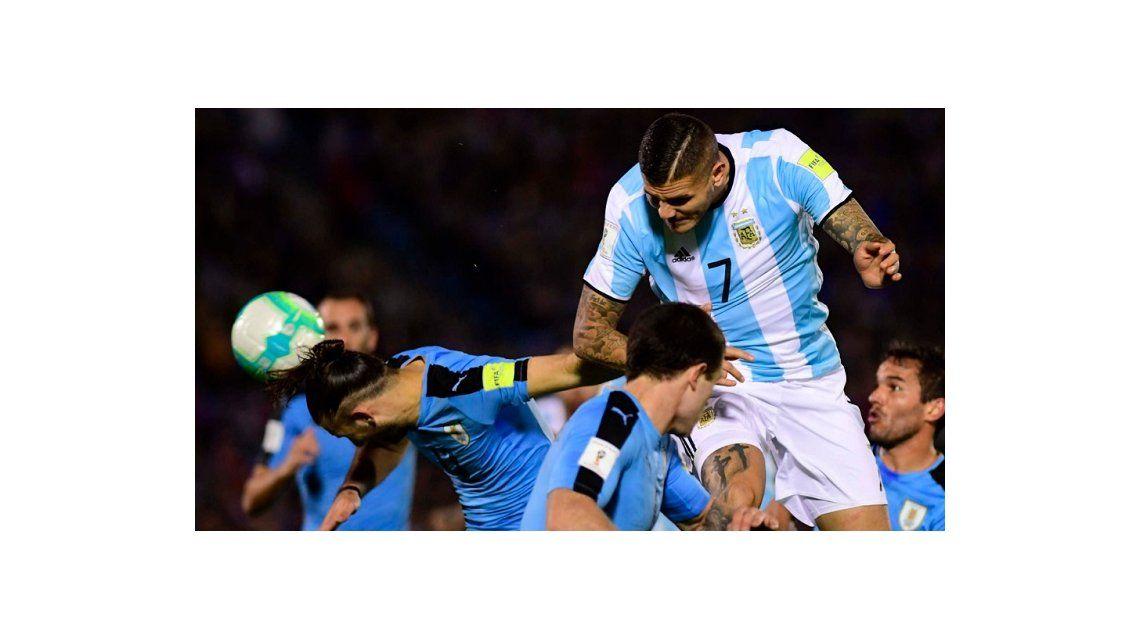 Cuatro pases en 90 minutos: la labor de Mauro Icardi ante Uruguay